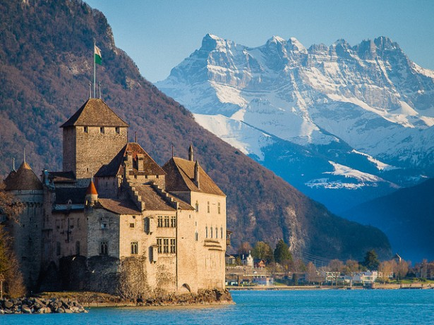 Explore Lake Geneva, Chateau de Chillon