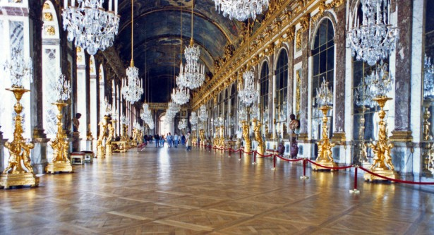Hall of mirrors in Chateau de Versailles in France