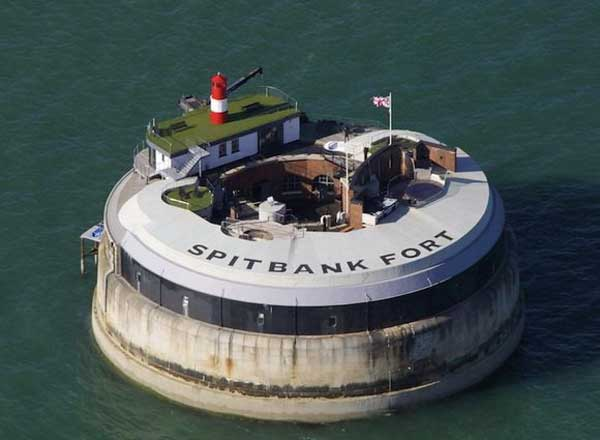 Spitbank Fort hotel in UK