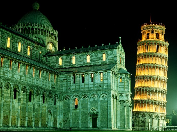 Best places to visit in Italy, Tower of Pisa