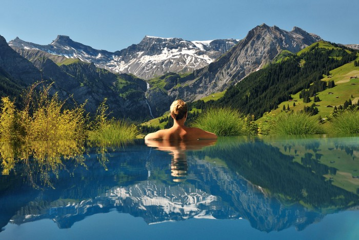 Cambrian hotel in Switzerland has one of the most amazing swimming pools in the world.