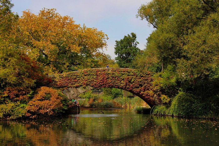 Gapstow Bridge, New York in USA is one of the World's most magical old bridges