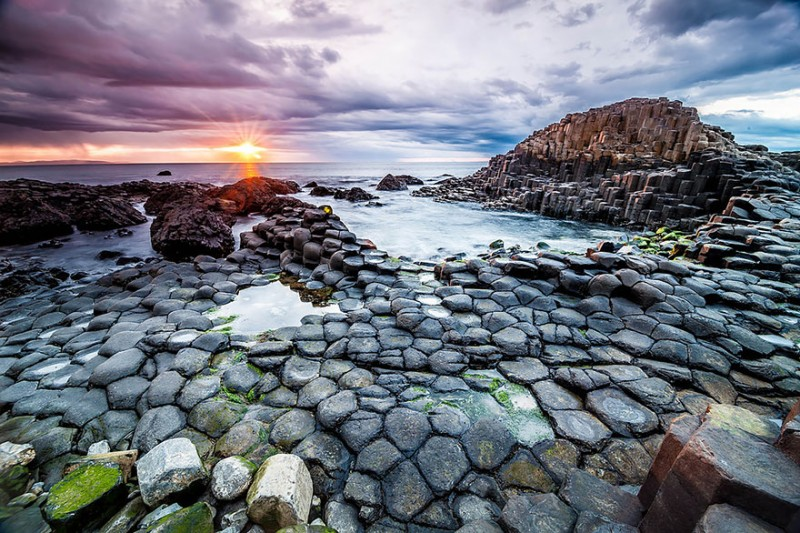 Unique and unusual beaches in the world. Giants Causeway Beach in Ireland