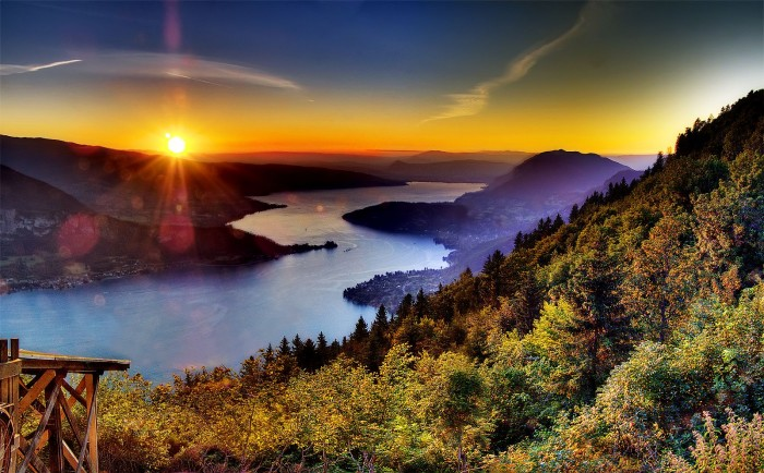 Lake Annecy in the French Alps is the one of the best spots to watch spectacular sunsets.