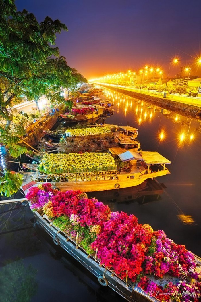 Flower Market in Saigon, Vietnam