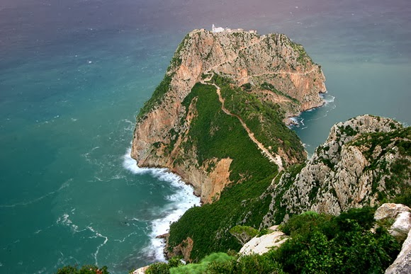 Cap Carbon Paths in Algeria is one of the most spectacular cliff walks in the world.