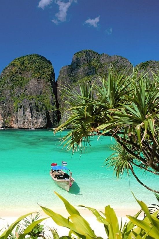 Koh Tao in Thailand is one of the best beach honeymoon destinations in the world.