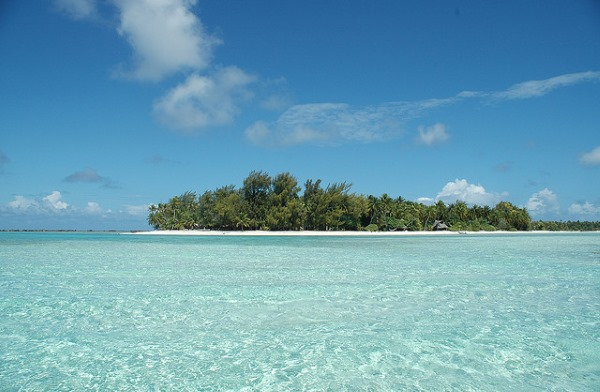 Rangiroa is one of the most amazing atolls in the world.