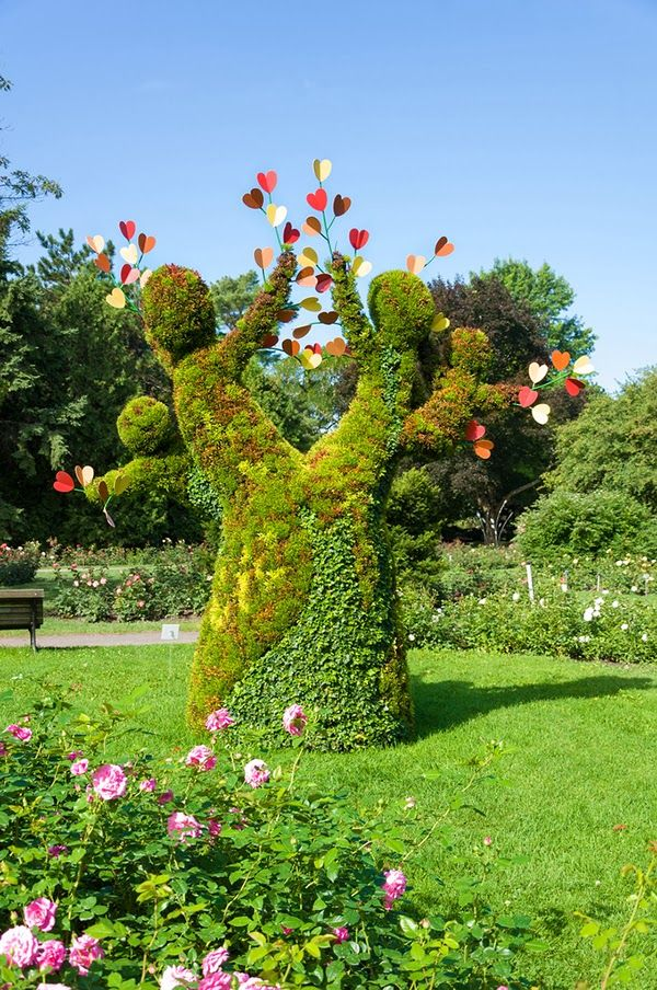 Montreal botanical garden is one magical place where you can spend a perfect day with your family.