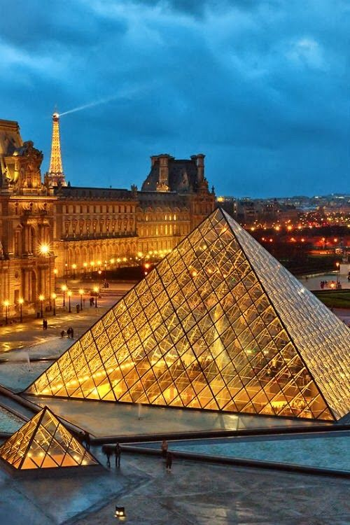 Louvre in Paris is one of the 20 most checked-in places on Facebook in 2015.
