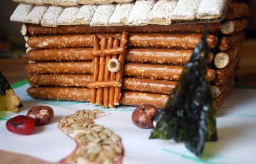 These are one of the best DIY holiday decorations that you can actually eat.