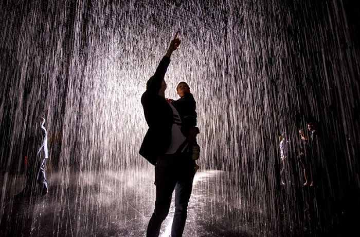 Amazing art exhibit lets you walk through rain without getting wet.