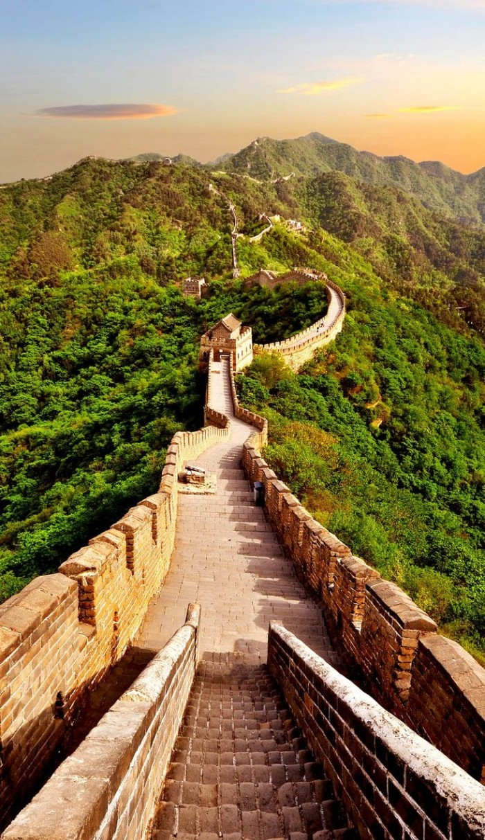 Top reasons to visit China - Great Wall.