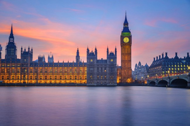 Some of the most beautiful dusk photos are taken in London.