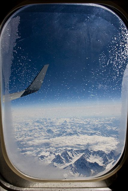 Impressive airplane window seat pictures from the Alps that will blow your mind.