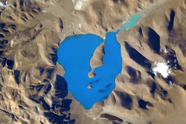 This lake is situated North East of the Himalayas, photo taken from the International Space Station.