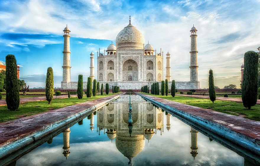 Visiting the Taj Mahal in India during high and low season are two different things.