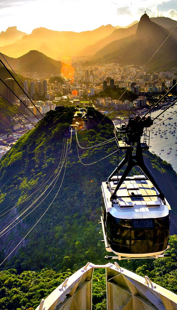 Take a look at some of the most scenic views of Rio de Janeiro.