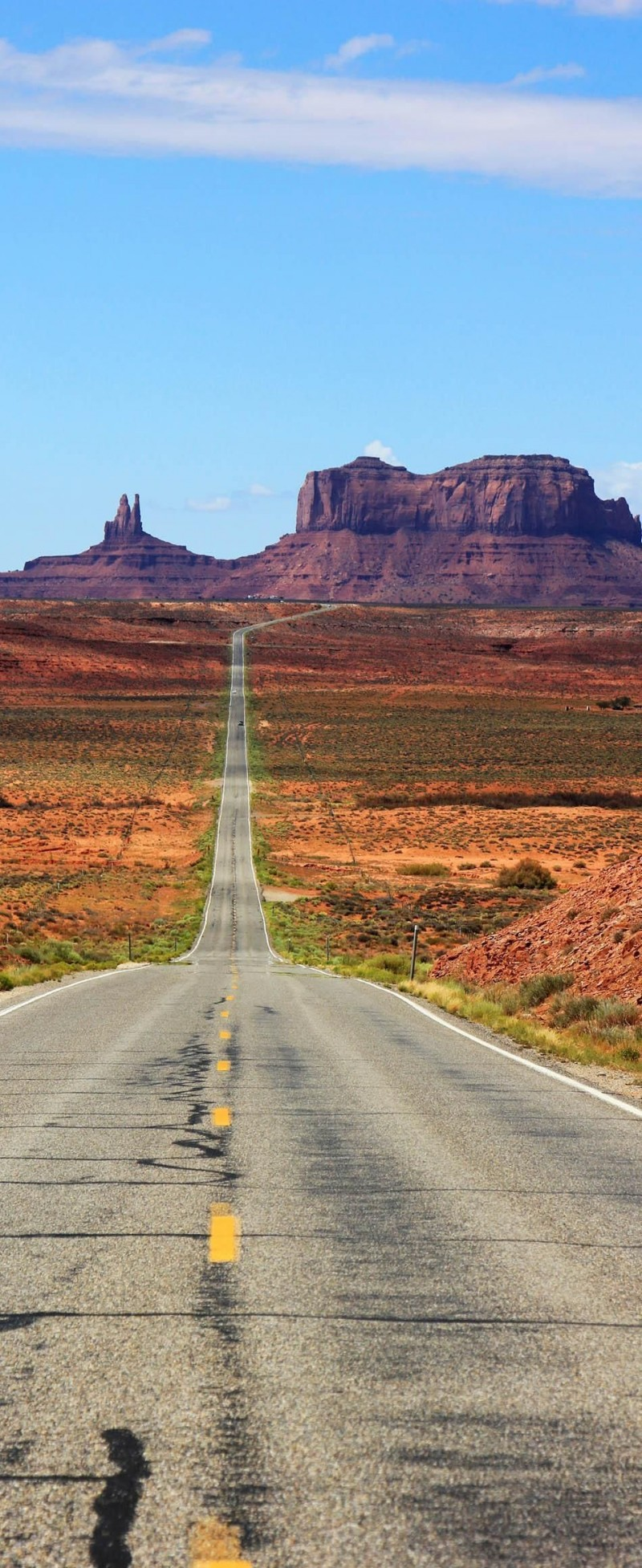 Highway into Monument Valley in Utah is one of the roads you need to drive in your lifetime.