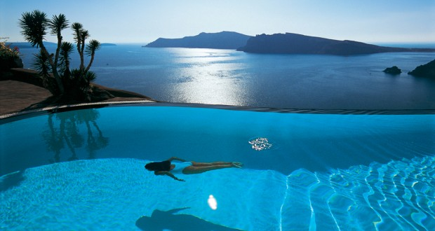 Perivolas hotel in Greece is one of the world's best hotels with rooftop pools