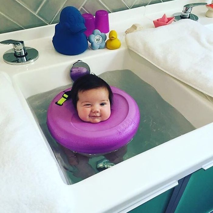 Baby spa Perth offers high class baby massages and hydrotherapy service.