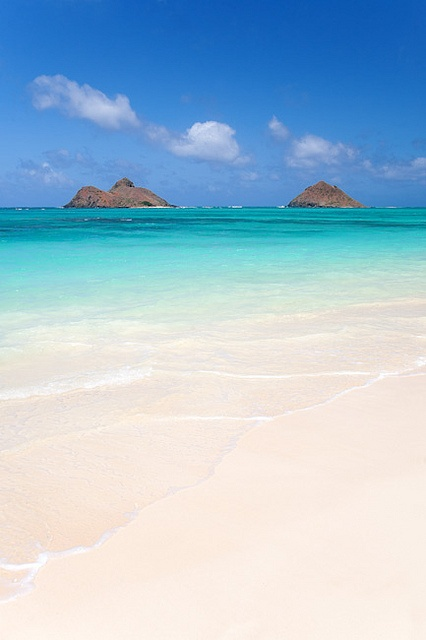 Lanikai Beach in Oahu in Hawaii is one of the best beaches to visit this summer.