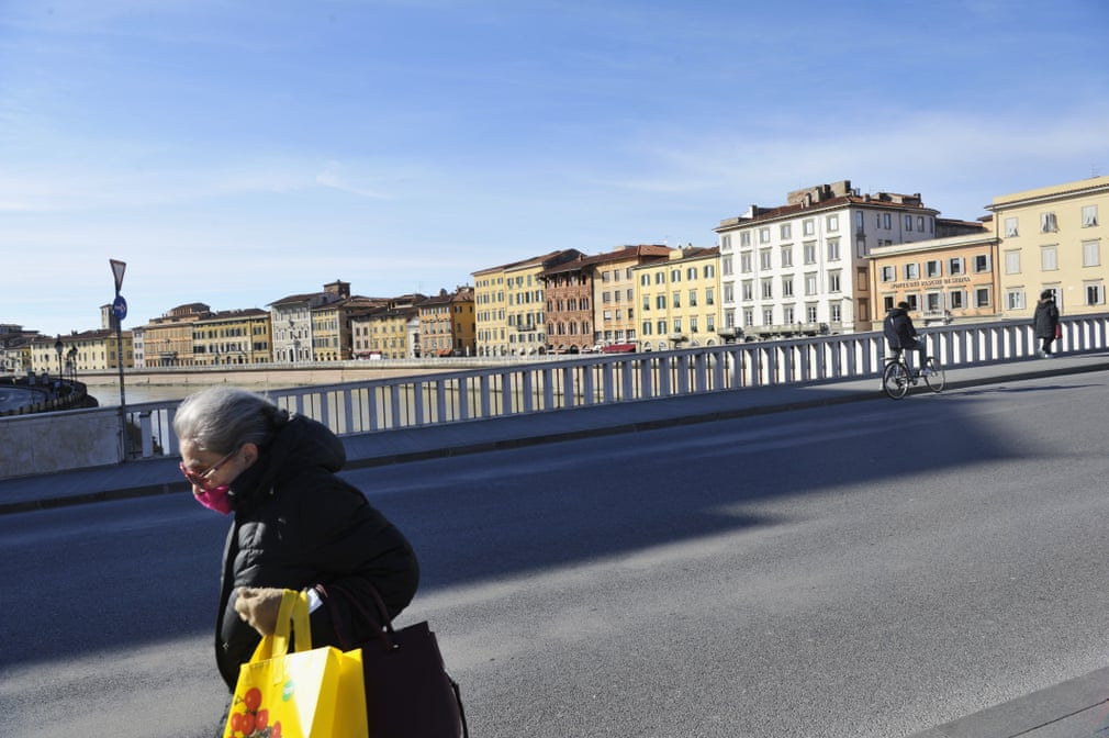 Beautiful Italy under quarantine. This is how the Ponte di Mezzo in Pisa looks today.